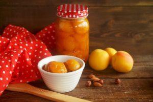 Варенье из абрикосов - подготовка посуды