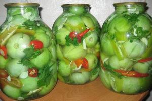 Зеленые консервированные помидоры на зиму с сельдереем «По-кавказки»