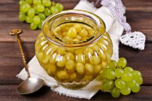 Моченый виноград с горчицей – ядреная заготовка на зиму