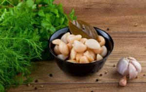 Чеснок маринованный: рецепт по-грузински