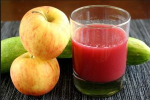Яблочный сок на зиму с кабачком